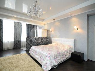 Spațios și luminos, Centru, 4 camere, 133000 € !