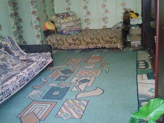 Vind apartament cu 2 camere in centrul orașului  Riscani