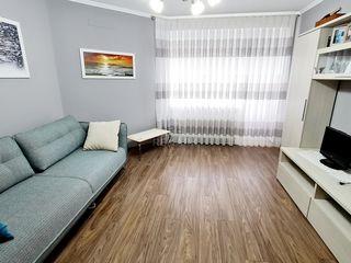 Se dă în chirie apartament cu 2 camere, amplasat pe str. Pietrarilor!