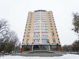 Vânzare, apartament cu 5 odăi, Telecentru, 94500 €