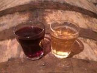Vin de casă,--Alb- Rosu-10- lei/lit. roada 2018-2019 / домашнее вино 2018-2019-го года