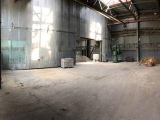 Se da in arenda 220 m2 sau pina la 900m2  Chisinau str.Industriala(Ciocana)