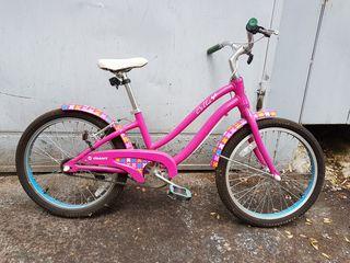 Детский велосипед Giant 2000лей