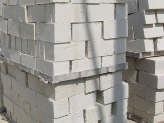Стеновой камень (котелец) и мелуза от производителя/Coteleţ şi moluză de la producător,