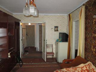 Чадыр-Лунга - продается 2-хкомнатная квартира (недорого)