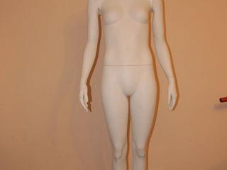 Срочно    urgent manechen  femeesc   манекен женскии