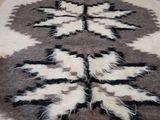 Пледы, шерстяные(100%)плотные, мягкий,2м Х 1.6м(Болгария)