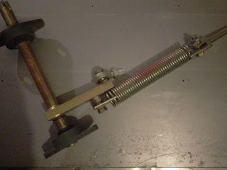 Продам деталь на подшипниках диаметр оси 30 мм