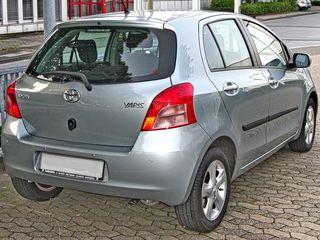Toyota Yaris 2006 - 2009...задние стопы L+R (Koito)...