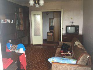 Продается 2-х комнатная квартира в центре города Каушаны
