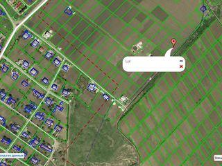 Продаем 11,4 соток земли под строительствo в село Зымбрень
