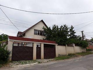 Продам дом 2-ух этажный котельцовый 150кв.м. на 7 соток земли на Телецентре