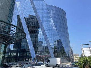Уникальные офисные помещения в бизнес центре Infinity Tower от 350м2-700м2-3000м2-9000м2!Аренда!