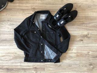 Стильная и модная джинсовая куртка