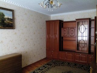 Продаю 2-комнатную квартиру     Бельцы