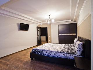 Посуточно 2 отдельные спальни ,сдаем - 24/24 !!!