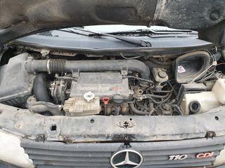 Motor 2.2 cdi   full complect  Vito 110 cdi la doar 1200 full complect