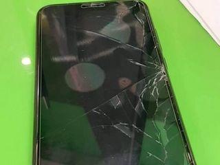 Xiaomi Mi 8 SE, Разбился экран? Не страшно, приноси к нам!