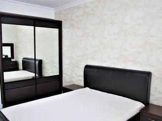Oferim spre chirie Apartament cu 3 camere în sect. Centru . Locuința se află pe str. Gheorghe Cașu