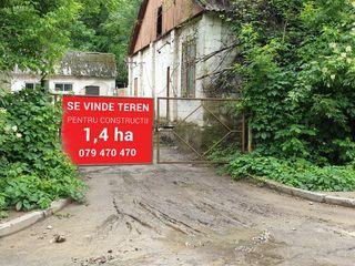 Se vinde teren pentru constructii - 1.4 ha! Sector Centru! Super Pret!