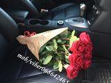 21 trandafiri 360 lei. 101 trandafiri 1300 lei!