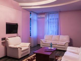 H. Camera de lux in hotel de 4 stele
