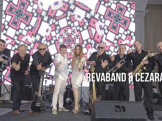 Revaband & Cezara vă asigură un eveniment de lux cu muzică de calitate!