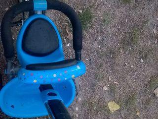 Vand tricicleta pentru copii