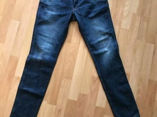 Срочно продам джинсы    Replay   Armani exchange    original !