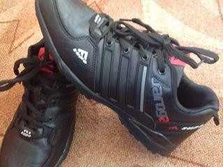 Новые кроссовки недорого 41 42