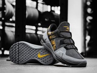 Nike Tech Trainer Russell Wilson