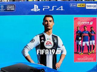 PlayStation 4 Pro (1T)+FIFA 19 лучший подарок вашим близким!
