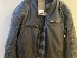 Куртка Новая !!! Кожа