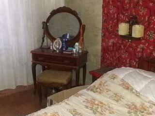 inchiriez apartamentul in Cricova