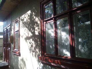Продам добротный крепкий дом в Бельцах