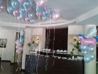 Decor cu baloane pentru zile de nastere, cumatrii