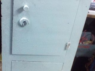 Продам сейф высота 124 ширина 0.45  0.35