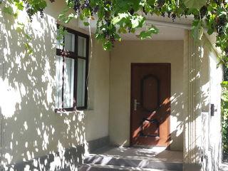 Продам дом в 30 минутах езды от Кишинева