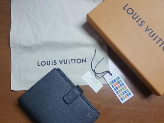 Продам органайзер (ежедневник) Louis Vuitton - оригинал