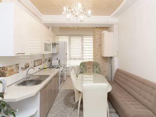 Se vinde apartament cu reparație,  str. Nicolae Testemițanu!
