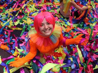 Absolut nou Color Party Show!