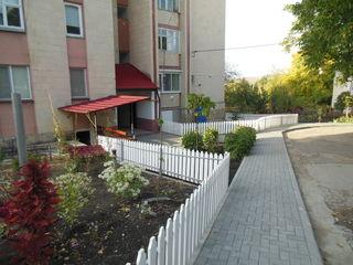 2 комнатная  квартира  60 м2  в  Яловенах