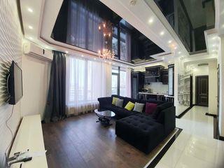 Chirie apartament modern Crown Plaza.Sun city,in centrul Chisinaului.