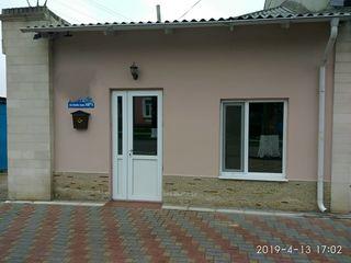 Vînzare casă în strada principală a orașului Orhei.