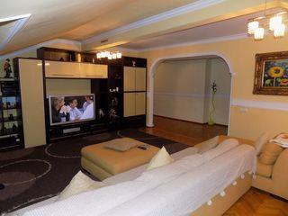 Apartament în 2 nivele, Buiucani, bloc nou - 4 camere!