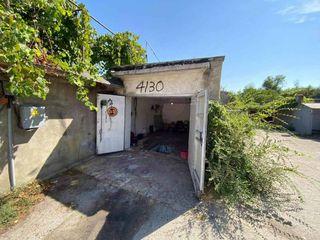 Spre vânzare garaj+ subsol, 8000 Euro, lângă complexul Ioana Radu