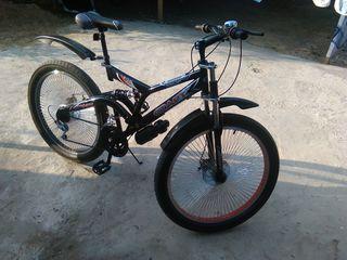 Vand bicicleta noua nu scump.