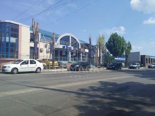 Chirie spațiu comercial, str. Albișoara, 480 €