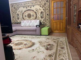 Casă, apartament 2 camere, centrul orașului Călărași.