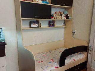 Продаем отличную детскую кроватку, можно и на подростка! 3000 лей
